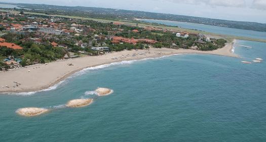 写真:バリ海岸保全計画(JICA)